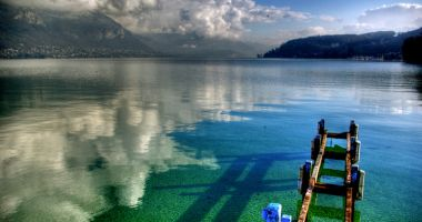 Recharge your batteries at Lake Annecy